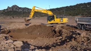 Dağyenice'de Tarımsal Sulama Göleti Temizleniyor
