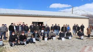 Büyükşehir'den Elmalı'da çiftçi eğitimi
