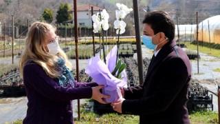 """Tarım İl Müdürü Suat Parıldar """"8 Mart Kadınlar Günü""""nü Kutladı"""