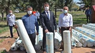 Çiftçilere Sera Naylonu Dağıtımı Yapıldı