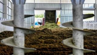 Çimden Gübre Üretimi Başladı