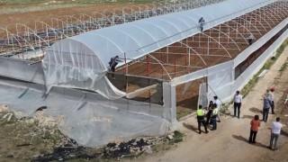 Korkuteli'de seraları zarar gören üreticinin yaraları sarılıyor